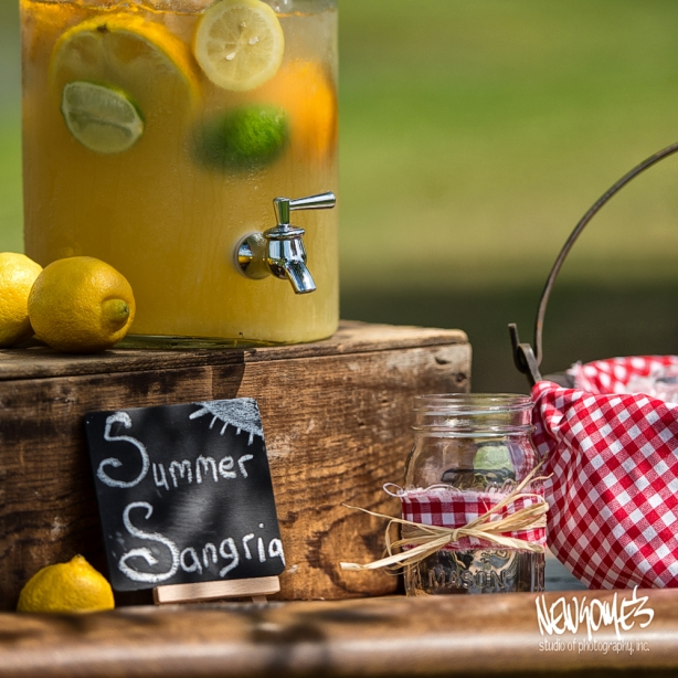 Lemonade Stand, complete with Mason Jar glasses