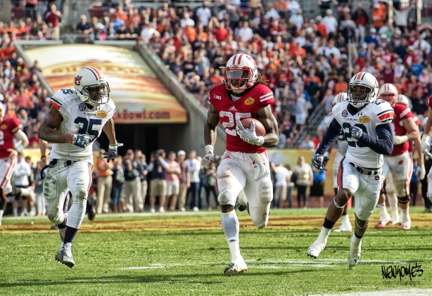 Wisconsin's Melvin Gordon, at times, appeared unstoppable as he rushed for 251 yards.